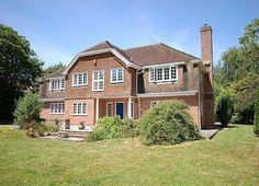 5 Bedroom Detached In New Milton, United Kingdom (MD2370122) -  #House for Sale in Hampshire, Hampshire, United Kingdom - #Hampshire, #UnitedKingdom. More Properties on www.mondinion.com.