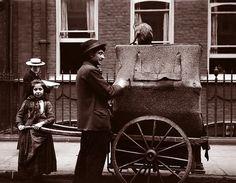 Organ Grinder and Daughter, London (1904)