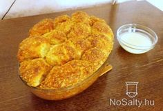 Aranygaluska vanília sodóval Hungarian Recipes, Hungarian Food, Macaroni And Cheese, Sweet Tooth, French Toast, Deserts, Goodies, Favorite Recipes, Sweets