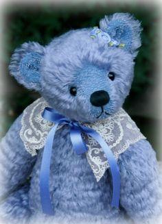 'Dilly' was designed and created by #PaulaCarter #teddybear #teddy #teddies #artistbear #artistbears