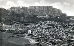 Scar on the mountain. Old Pictures, Old Photos, Vintage Photos, Cape Town South Africa, Table Mountain, City Photo, History, Outdoor, Image