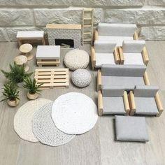 It is starting to look a lot like a furniture warehouse 😜 ... Все больше и больше это выглядит как магазин мебели)) . Always yours Angie