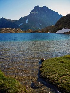 Mt. Stuart and Lake Ingalls, Alpine Lakes Wilderness, WA (Photo by Phil West)