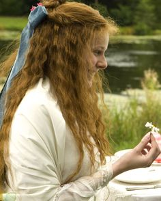 Rachel Hurd-Wood as Sybil Vane in Dorian Gray (2009).