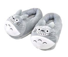 Chinelo pantufa de pelúcia Totoro (2 modelos)