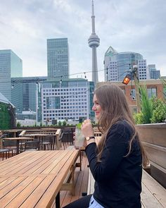 15 Hidden Toronto Patios You Need To Hit Up This Summer - Narcity Toronto Canada, Toronto City, Toronto Travel, Downtown Toronto, Ontario Travel, Canada Ontario, Cool Places To Visit, Places To Travel, Places To Go