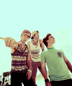 Emblem3 my favorite band in the world:)