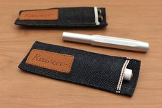 Use this denim pouch to carry two Kaweco Sport pens in style. It is made from authentic selvage denim, which is also used to manufacture high-end jeans.