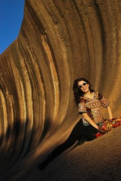 Hippie Style @ Wave Rock  #australia #WA #desert #mongolia #fashion #giocodidonne #naimaamarilli #travel #lifestyle