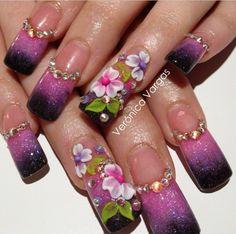 Acrylic nails by Veronica Vargas