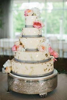 Gold leaf flecked cake | Birmingham Alabama Southern Wedding Inspiration