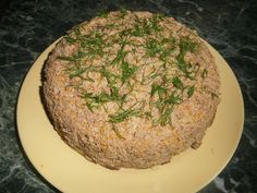 Печеночный пирог или паштет из печени готовится просто и включает в свой состав овощи, благодаря чему паштет получается вкусным и диетическим блюдом
