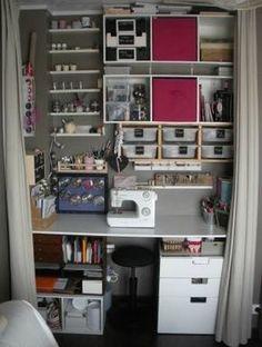 ideas for bedroom art studio closet Craft Closet Organization, Diy Organisation, Coin Couture, Sewing Room Design, Sewing Rooms, Sewing Closet, Organizar Closet, Apartment Color Schemes, Design Studio Office