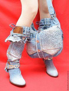 Купить или заказать Сумка джинсовая, двусторонняя-2 'Denim Boots' в интернет-магазине на Ярмарке Мастеров. Сумка джинсовая, с подкладом. Изготавливается из лучшего денима. Две стороны сумки оформляются разным образом, что делает ее вдвойне привлекательной. Изготовлю подобную или любую другую по Вашим пожеланиям.