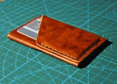 Carry your credit cards and some cash in a slim and stylish handmade leather wallet. The wallet has Leather Front Pocket Wallet, Leather Wallet Pattern, Brown Leather Wallet, Handmade Leather Wallet, Simple Wallet, Slim Wallet, Men's Leather, Leather Repair, Bags