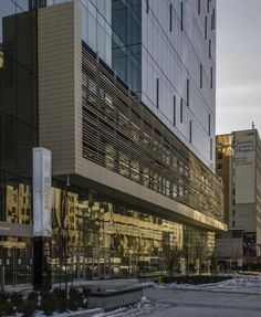 Project: MaRS Discovery District Location: Downtown Toronto, ON Product: Tonality Architect: B+H Architects Mars Discovery, Downtown Toronto, Building Materials, Facades, Vr, Ontario, Architects, Centre, Buildings