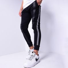 Jogger Pants with Zipper Design - Black Grunge Fashion, Mens Fashion, Black Jogger Pants, Casual Outfits, Men Casual, Men With Street Style, Outfit Combinations, Mens Suits, Perfect Fit