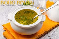 Bone Broth: The Under-Appreciated Superfood // deliciousobsessions.com