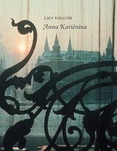 """Título: Anna Kariênina Autor: Liev Tolstói  Resenha #45 de 2013: http://entrepalcoselivros.blogspot.com.br/2013/05/resenha-anna-karienina.html  """"Anna Kariênina foi escrito no final do século XIX. Nele, vemos a sociedade russa, com seus costumes e peculiaridades.  Talvez por isso, eu tenha tido uma relação diferente com o livro. Não entrei na história, me coloquei no papel de observadora."""""""