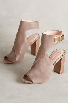 Love the buckle, color and mix of suede and leather. The block heel is on point and will be easier to walk in.