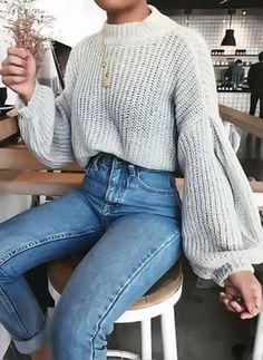 cute outfits for winter ~ cute outfits ; cute outfits for school ; cute outfits with leggings ; cute outfits for winter ; cute outfits for school for highschool ; cute outfits for women ; cute outfits for spring Chunky Sweater Outfit, Chunky Oversized Sweater, Pullover Outfit, Loose Sweater, Oversized Jumper Outfit, Chunky Sweaters, Cute Sweaters For Fall, Cute Sweater Outfits, Sweater Weather Outfits