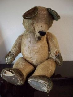 "Sam's Blog: Old Teddy's (The following:(Written by the blog owner.) ""I have collected some images of old teddies. I like the image of the old neglected teddy bear because, to me, it suggests a lost or abandoned childhood. I like the texture & exposed stitching, it gives an impression of fragility. I would look in an attic scene because it is the obvious place to find abandoned toys."" I, personally feel the same way about these bears. (1 of 6 pics from this blog.)"