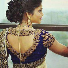 Latest saree blouse back neck designs 2018 full - Summersville Сlick Blouse Back Neck Designs, Best Blouse Designs, Wedding Saree Blouse Designs, Wedding Sarees, Stylish Blouse Design, Designer Blouse Patterns, Sanha, Fashion Moda, Trends