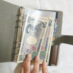 いいね!447件、コメント26件 ― ::: ⓐ ⓨ ⓐ ⓚ ⓐ :::さん(@a__t.m.k__y)のInstagramアカウント: 「◎ . 私の袋分け方法。 . 私はシステム手帳を活用してます カバーはダイソーの200円商品で、リフィルはbindexさんのもので文具屋さんで購入☺❤ .…」