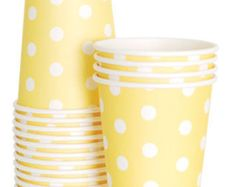 Dress up your next table top with these adorable striped paper cups. Mix and match with our paper plates and napkins. These paper cups are for cold beverages only.  Package includes 12 cups. Approximate Size 9 oz.  Click here to see other paper cup colors! https://www.etsy.com/your/shops/HooplaEvents/sections/16029950  For more Party Ideas and Inspiration visit us at:  www.hooplaevents.net https://www.facebook.com/HooplaEvents http://www.pinterest.com/hooplaevents…
