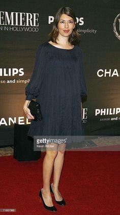 Pregnant Sofia Coppola (572×1024)