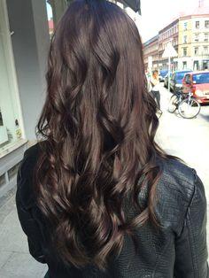 Rich dark chocolate brown hair done by Scarlett Arenhill @scarlettdoeshair at…