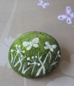 Needle felting brooch 'Green meadow' | Flickr - Photo Sharing!
