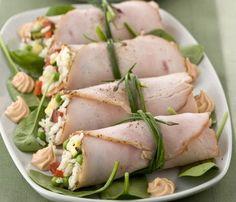 roast turkey rolls with cold rice Antipasto, Cena Light, Cooking Recipes, Healthy Recipes, Light Recipes, Food Design, Finger Foods, Food Inspiration, Italian Recipes