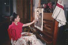 10 Rare Shots of Frida Kahlo's Life at Home in Mexico City