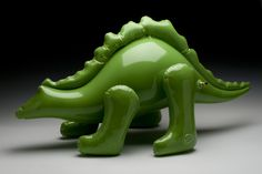 Brett Kern is an artist and teacher based in Elkins, West Virginia who created a wonderful series of ceramic sculptures that look exactly like inflatable dinosaurs, astronauts, and balloons.