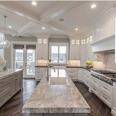 luxury kitchen design ideas we'd copy if money were no object Küchen Design, Design Case, Design Ideas, Layout Design, Tile Layout, Design Elements, Dream Home Design, Home Interior Design, Luxury Interior