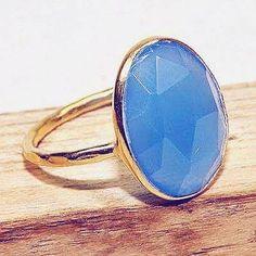 #jewelry #jewel #ring #bague #cosmocrafter #bijoux #indianjewelry #bijouxindiens #women #india #handmadejewelry #accessories #fashion #madeinIndia #followus #jaipur #hippiestyle #preciousstone #pierresprecieuses #power #stone #jewelrygram #faitmain #jotd #jewelryoftheday#summervibes #blue #chalcedony