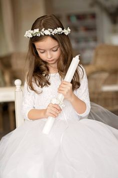 First holy communion head wreath Magaela accessories White floral wreath Hair accessories Holy communion Hair flowers Flower crown First Communion Dresses, First Holy Communion, Purple Bridesmaid Dresses, Wedding Dresses, Party Dresses, Flower Girl Tutu, Flower Girls, Girls Pageant Dresses, Flower Girl Hairstyles