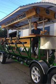 Sac Brew Bike is a 15 passenger, green, eco-friendly party bike or beerbike that cruises to some of the best local brewpubs! Beer Bike, Bicycle Bar, Food Truck, Vendor Cart, Container Coffee Shop, Beer Club, Build A Bike, Coffee Truck, Food Trailer