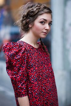 Street style via Vanessa Jackman. If I could do cool things with braids I'd rock this.