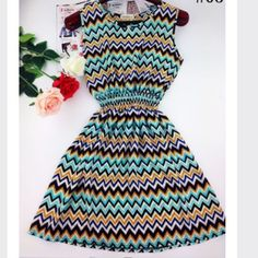 🎉🎉Summerville 7.5🎉🎊🎊 Very cute dress nice for the hot days in summer. Dresses