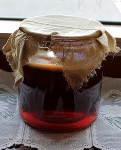 DIY kombucha in jar with burlap covering