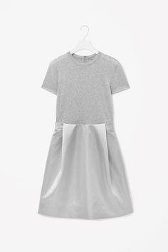 Contrast t-shirt dress