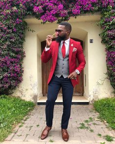Smell the flowers, they transmit good vibes. Sharp Dressed Man, Well Dressed Men, Handsome Black Men, Dapper Gentleman, Mens Fashion Suits, Winter Fashion Outfits, Mens Clothing Styles, Stylish Men, Colorful Fashion
