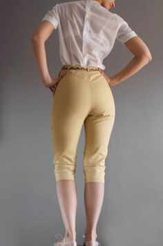1950s yellow capri pants by mydrawingnumberone on Etsy, $48.00