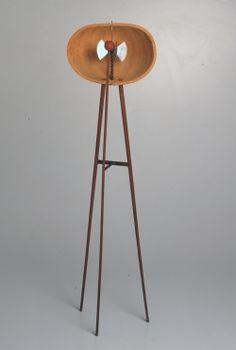 IL PASSATO FUTURISTA macchina inutile con guscio di zucca  ed elementi mobili 1934  courtesy Miroslava Hajek