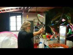 a lezione di bolle col maestro Renzo Lovisolo - YouTube