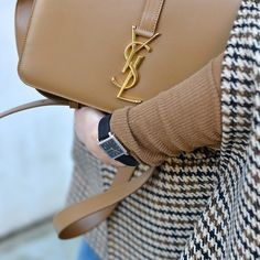 Simple chic made easy with a #SaintLaurent Sac Université. Blogger @hedvigso shows how it's done. #HitRefresh