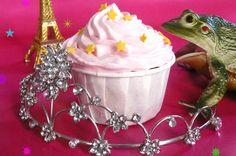 Fairy cranberry cupcakes ♡ via @sophieturbigo