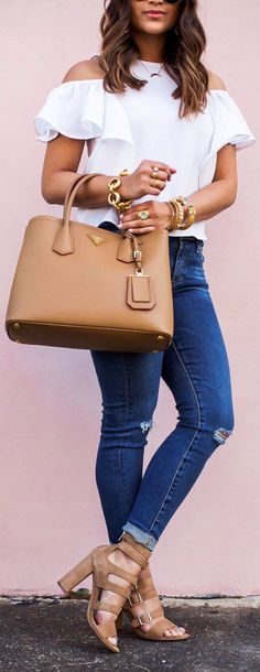 Find More at => http://feedproxy.google.com/~r/amazingoutfits/~3/dp0fYC4XnKY/AmazingOutfits.page